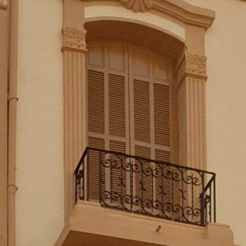 Balcón en Avda. Reyes Católicos. 02 jpg