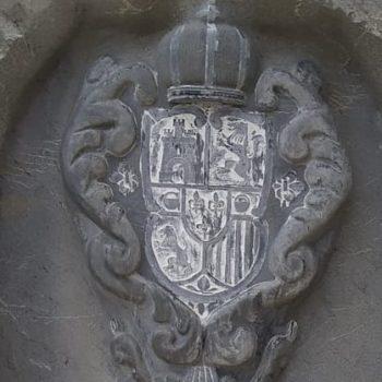 Escudo de Bernardo de Tortosa