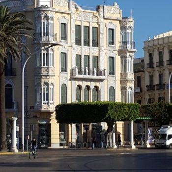Fachada a Plaza de España