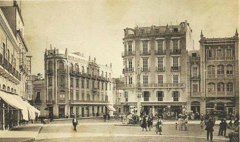Plaza Comandante Benítez