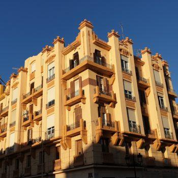 Edificio de Enrique Nieto donde estuvo el Teatro Reina Victoria