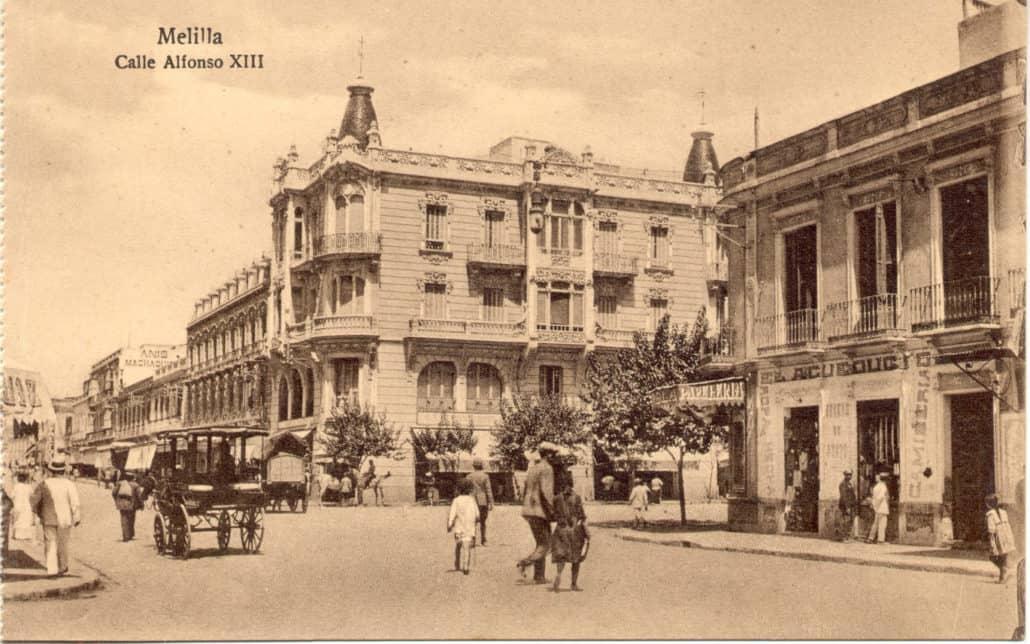 Panorámica del edificio en el primer tercio del siglo XX