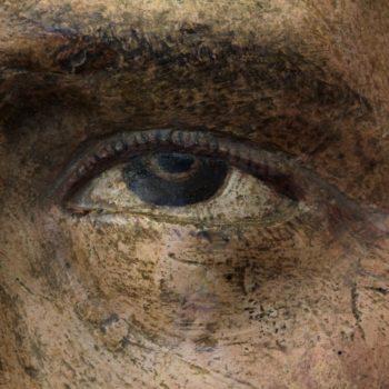 Ánima del purgatorio. Detalle del ojo de cabeza masculina.Fotografía de Miguel Gómez Bernardi.