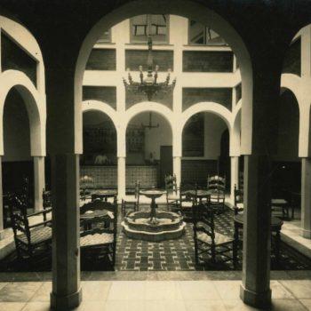 Antiguo Hotel Rusadir. Patio interior.Fotografía AGML
