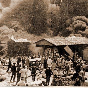 Mantelete Mercado descubierto 1913
