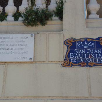 Colegio La Salle El Carmen. Nombre de la Plaza y placa conmemorativa