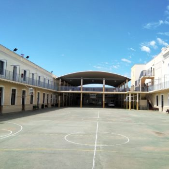 Colegio La Salle El Carmen. Patio. Fotografía Carmen Carmargo