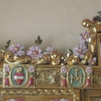 Parroquia de la Medalla Milagrosa. Decoración Altar de la Virgen Milagrosa