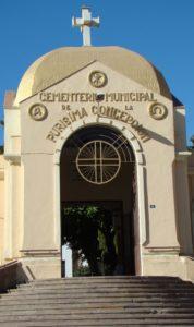 Puerta Cementerio