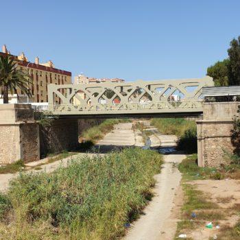 Río de Oro. al fondo el puente de los Alemanes